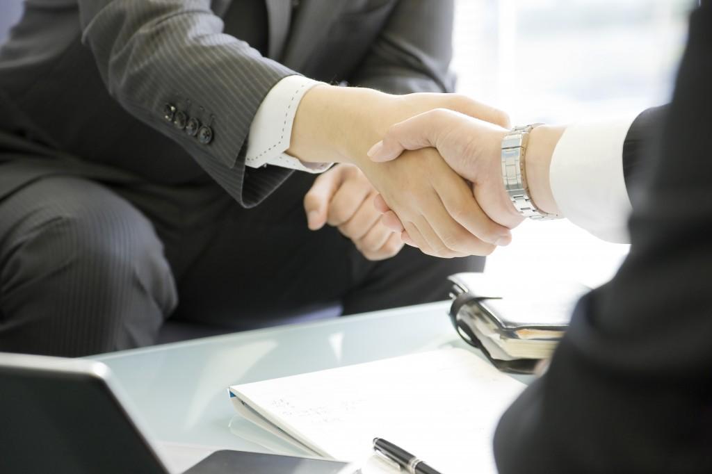 negotiate_shutterstock_97345064-1024x682